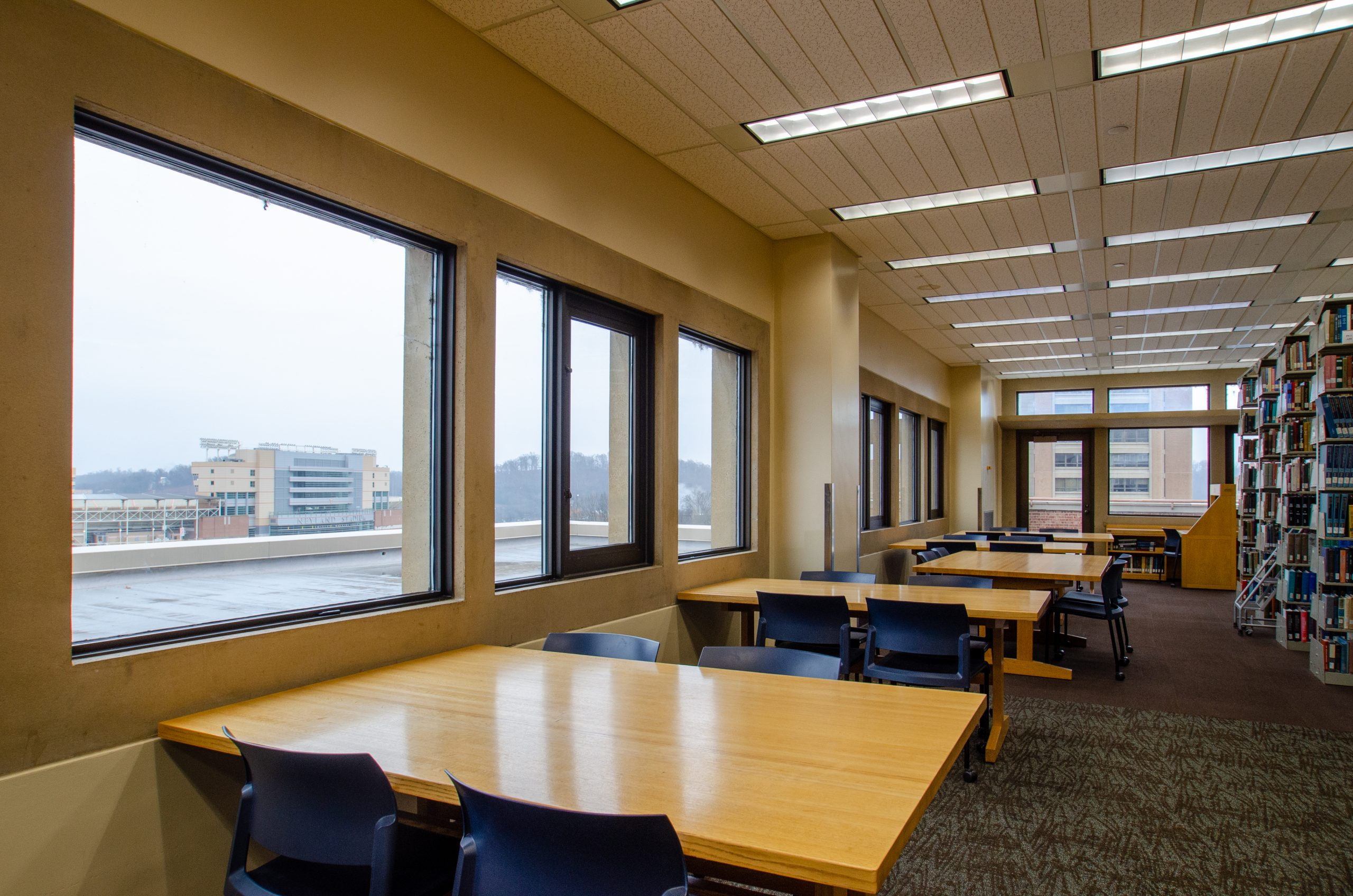 Quiet Study Tables in hodges library