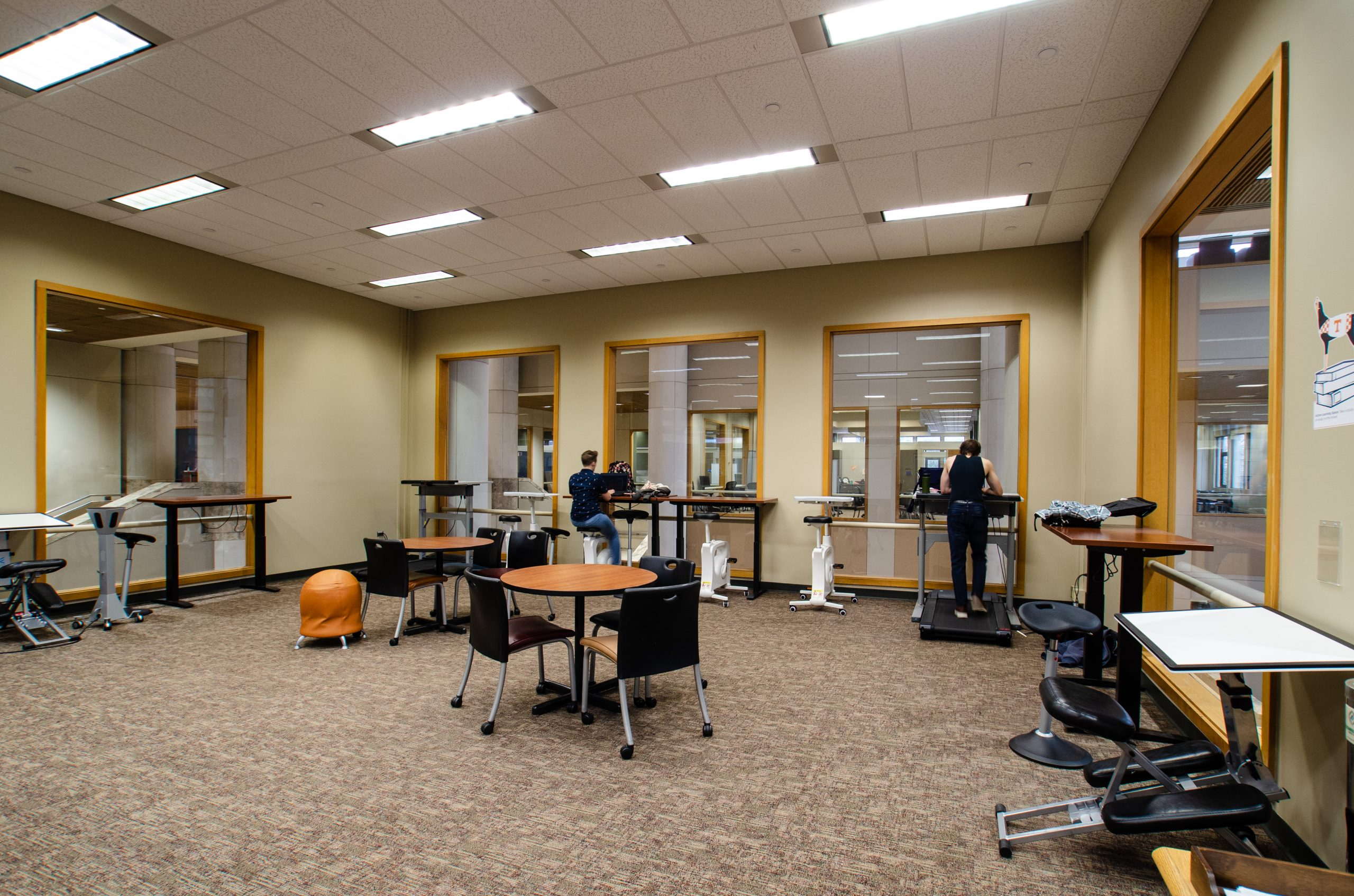 active learning space in the commons of hodges library