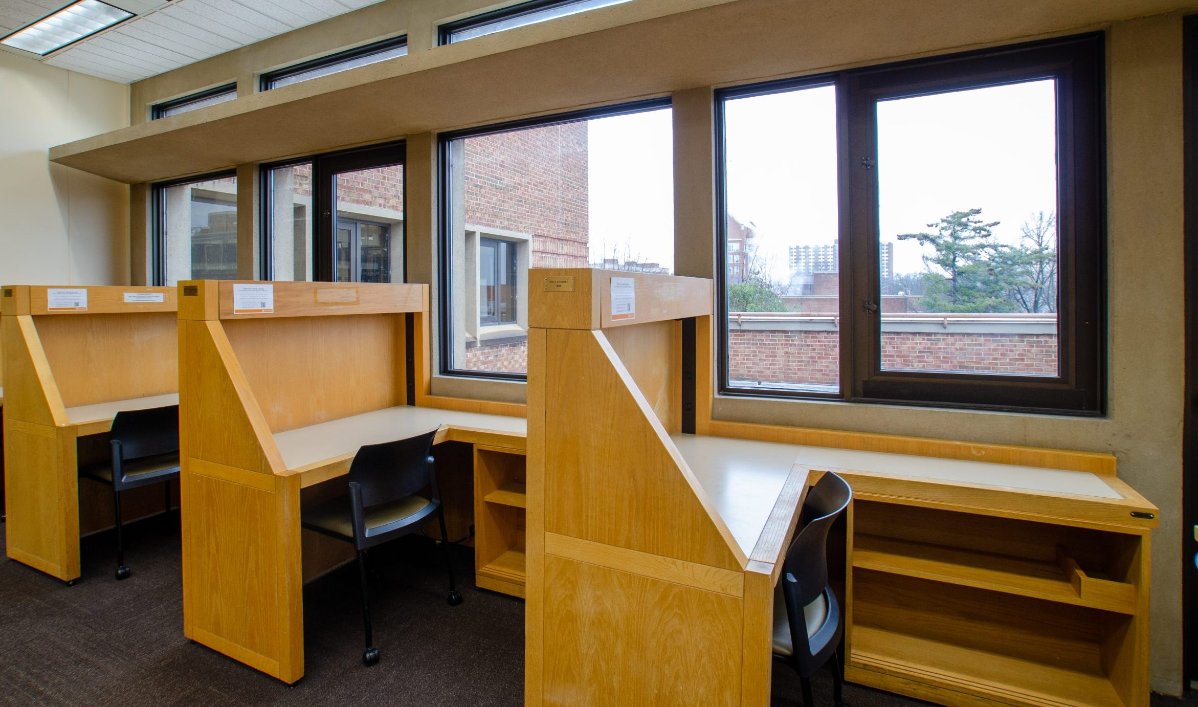 grad honors and scholars carrels in hodges library at ut knoxville