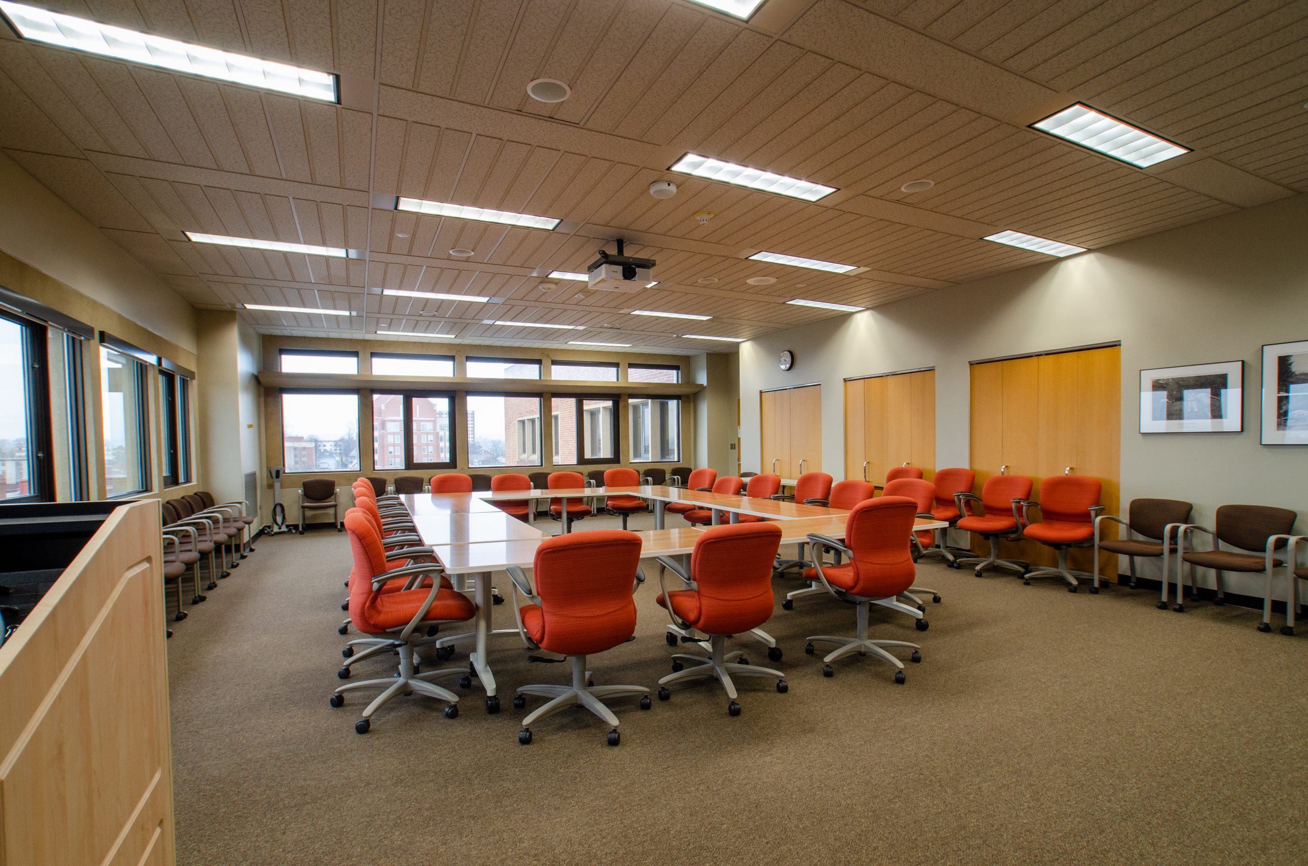 room 605 in hodges library of university of tennessee